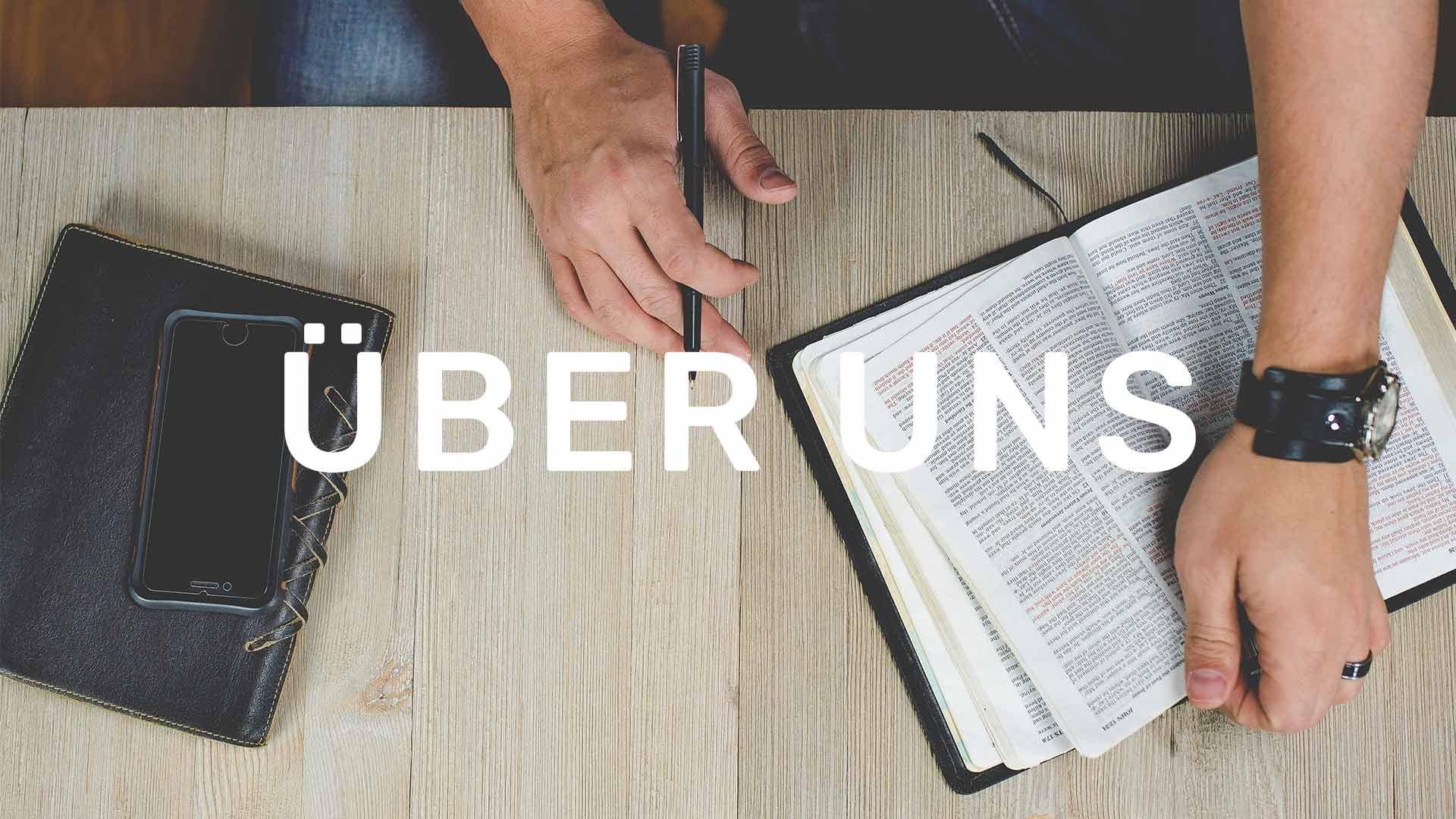 hand_bibel_über-uns